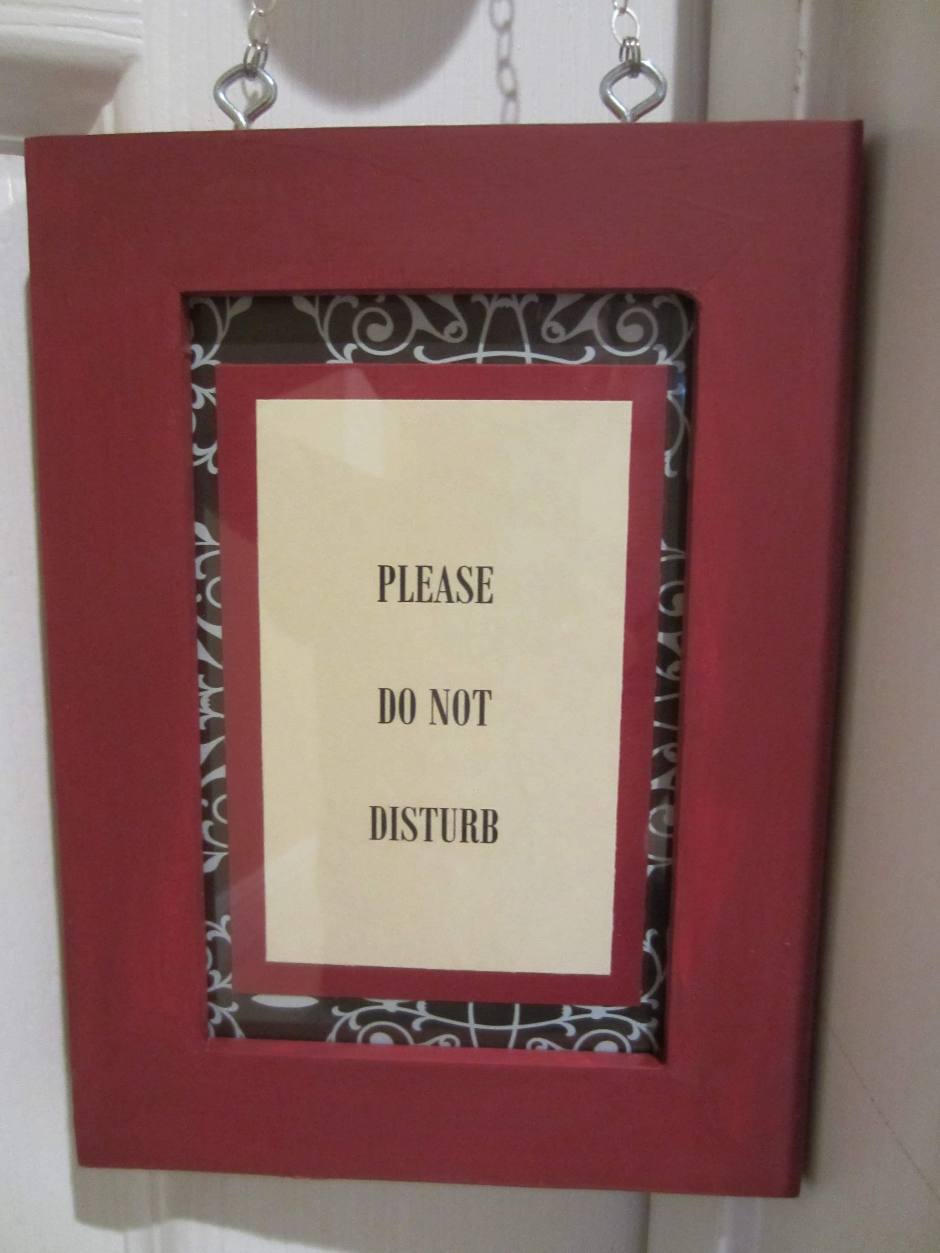 Diy door hanger diy inspired - Diy do not disturb door hanger ...