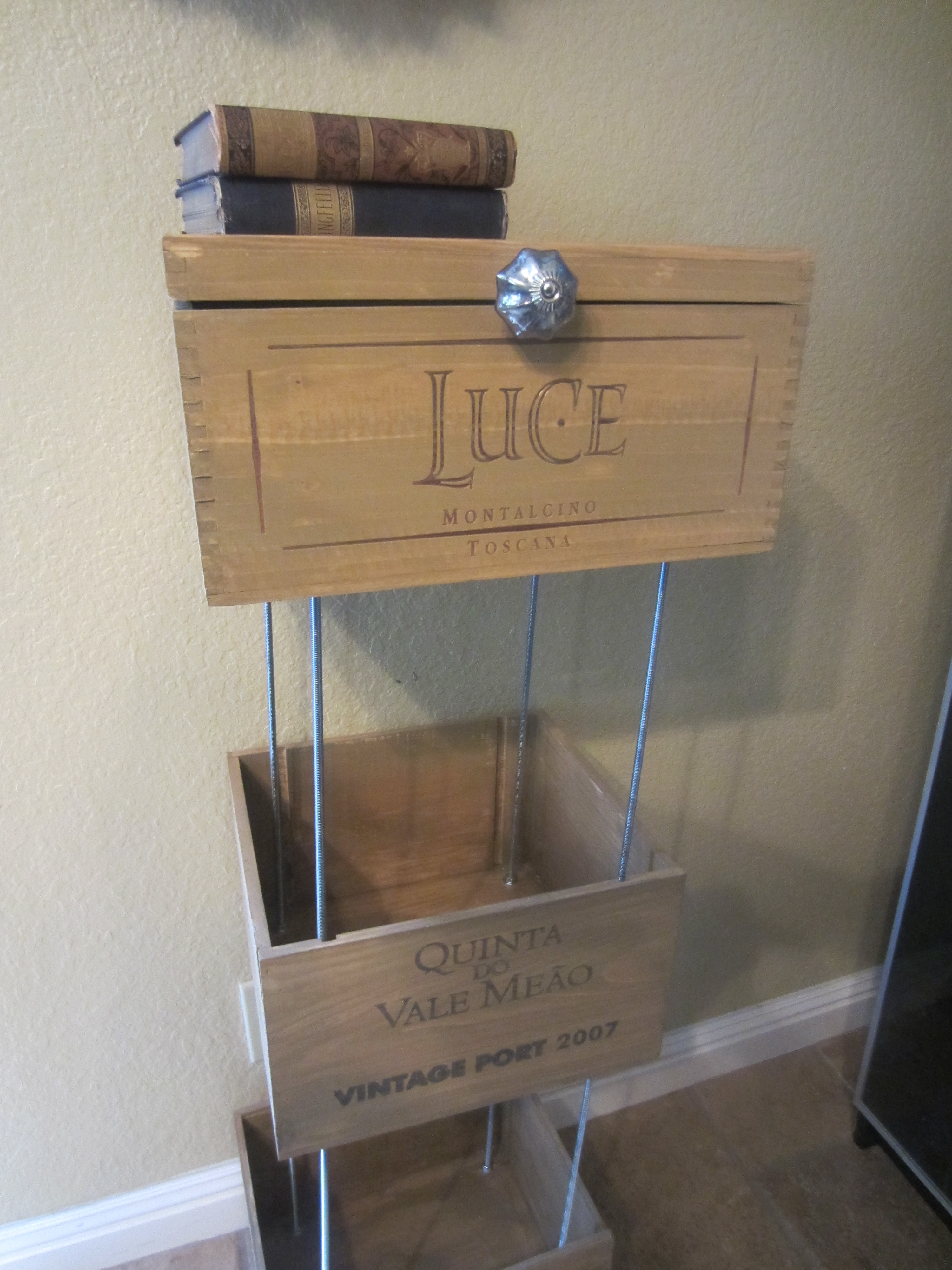 Wine crate shelves diy inspired for Wine crate diy