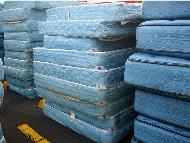Mattress Recycling : How to Reuse Your Old Mattress - DIY Inspired