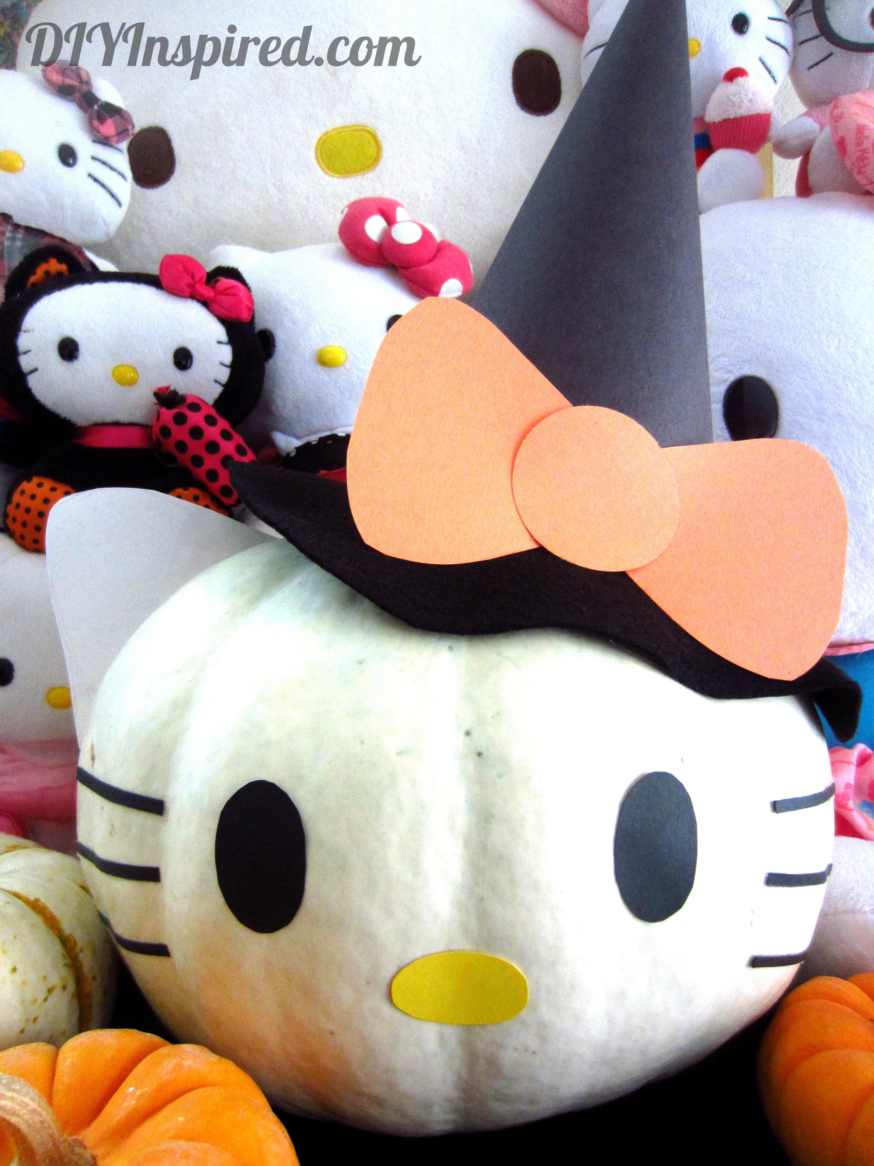 Hello kitty pumpkin diy inspired for Decoracion de calabazas manualidades