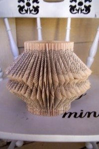 Recycled book folding (4)