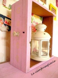 Shabby Chic Bedside Table Makeover (2)