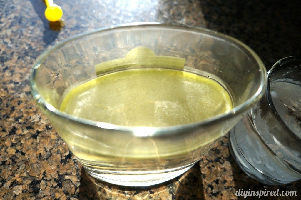how-to-remove-candle-wax-from-glass (3)