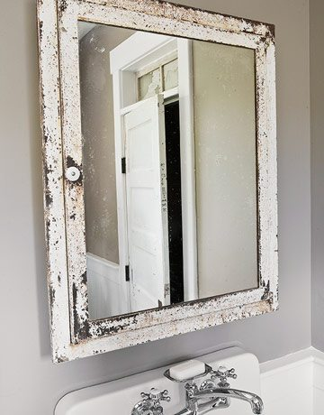 4 Tips To Redo A Small Bathroom DIY Inspired