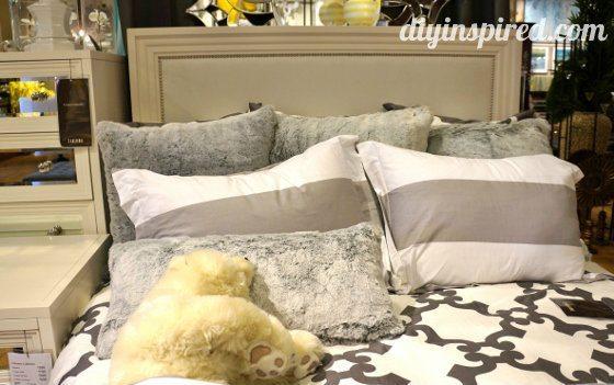 Master bedroom design ideas diy inspired for Master bedroom decorating ideas 2013