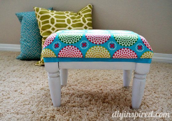 kids-stool-makeover (8) (560x393)