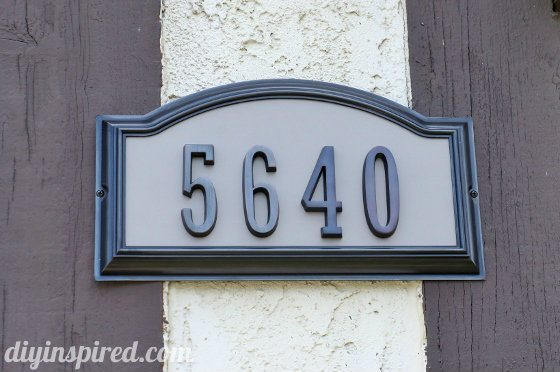 Simple curb appeal ideas diy inspired for Minimalist house numbers