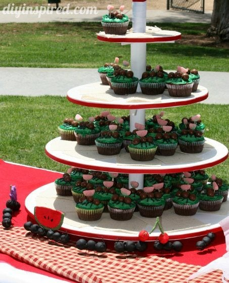 picnic-themed-retirement-party (6) (453x560)