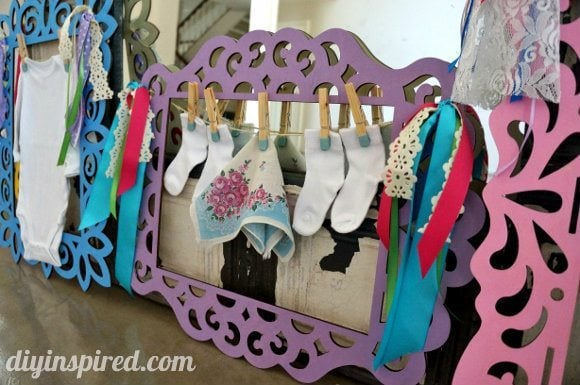 Fun and easy baby shower decorations diy inspired for Baby shower clothesline decoration