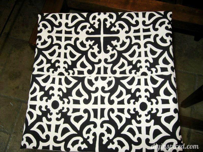 Envelope Pillow Step (5)