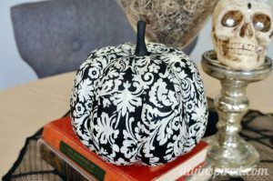 decoupage-fabric-pumpkin (1)