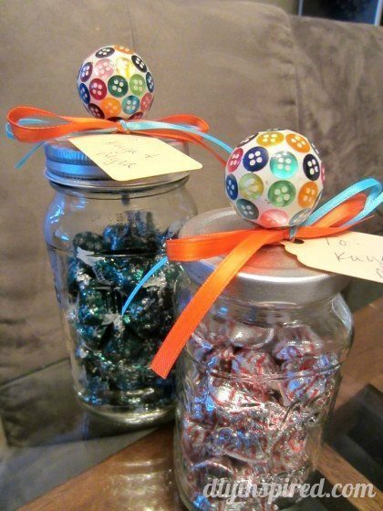 how-to-make-a-candy-mason-jar (11)