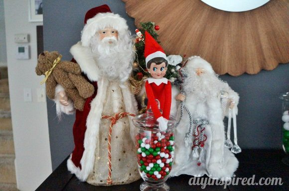 easy-elf-on-a-shelf-ideas (15)