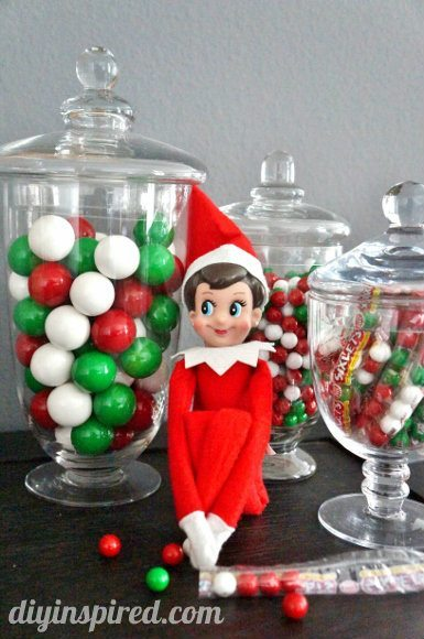 easy-elf-on-a-shelf-ideas (5)