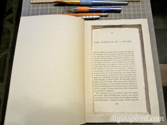 how-to-make-a-secret-book-safe (4)