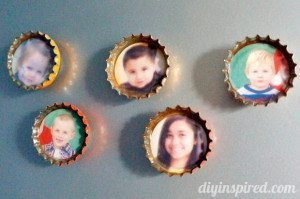 recycled-christmas-card-bottle-cap-magnets