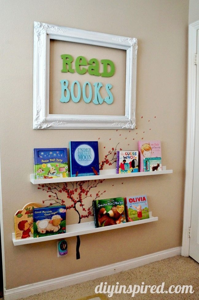 DIY-book-nook