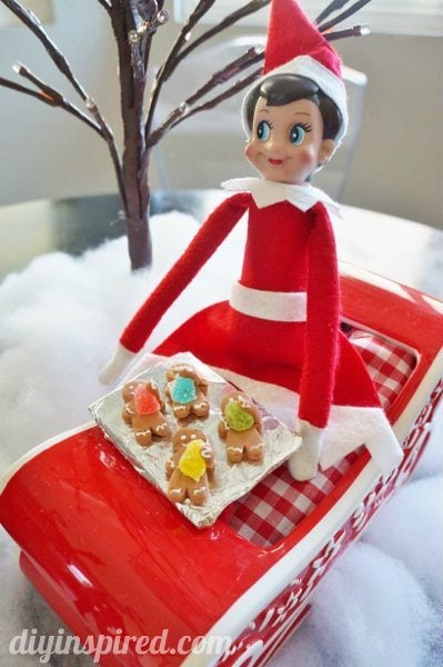 elf-on-the-shelf-tradition (2)