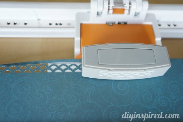 border-punch-gift-wrapping-embellishments (1)