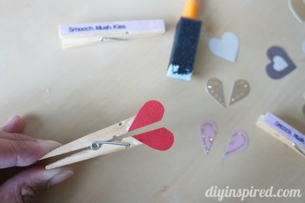 diy-clothespin-heart-valentine (4)