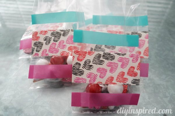 duck-tape-and-washi-tape-treat-bags (4)