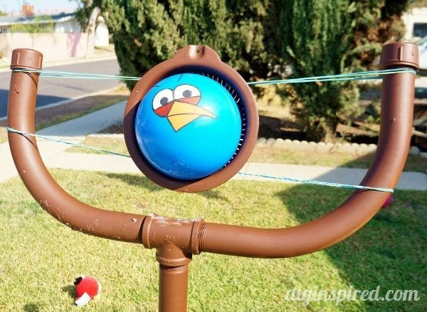 life-sized-angry-birds-sling-shot