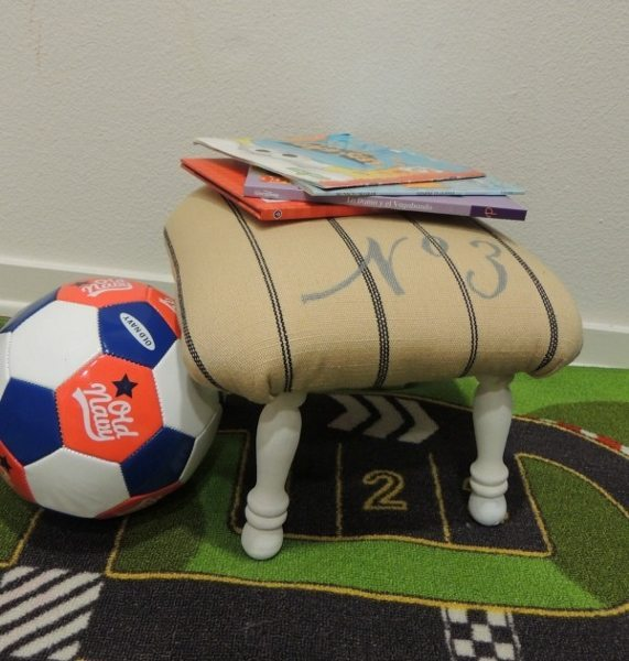 upholstered-stool-diy (3)