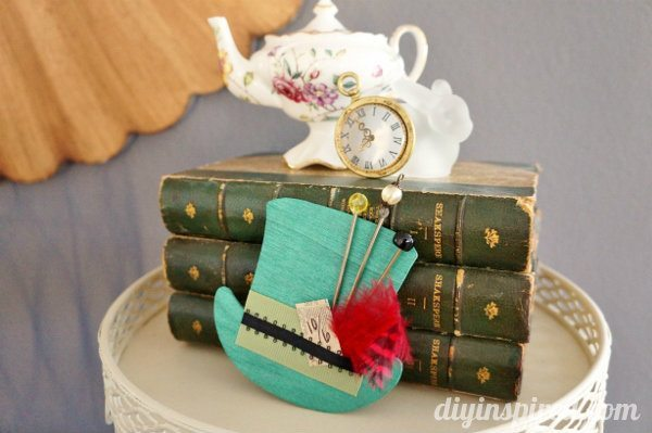 mad-hatter-tea-party-hat-decoration (4)