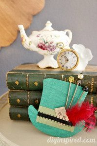 mad-hatter-tea-party-hat-decoration (7)