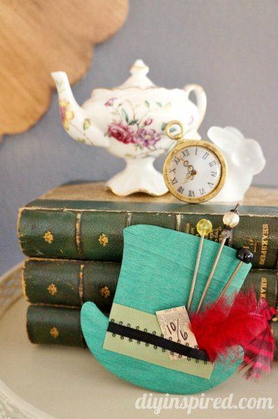 mad-hatter-tea-party-hat-decoration (7)