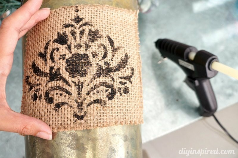 stenciling-on-burlap (1)