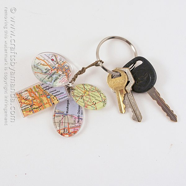 Birthplace-Map-Keychain-600