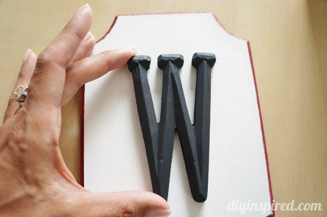 Monogram Wooden Wagon Plaque DIY (2)