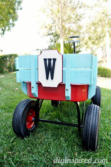 Monogram Wooden Wagon Plaque DIY (5)