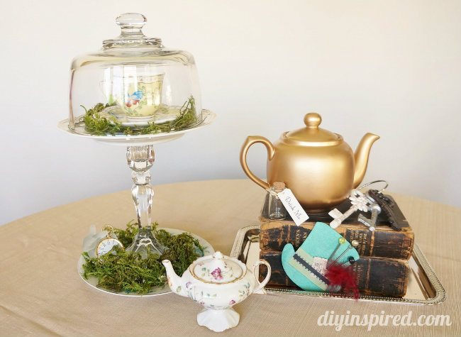 Vintage Mad Hatter Tea Party Centerpieces (1)