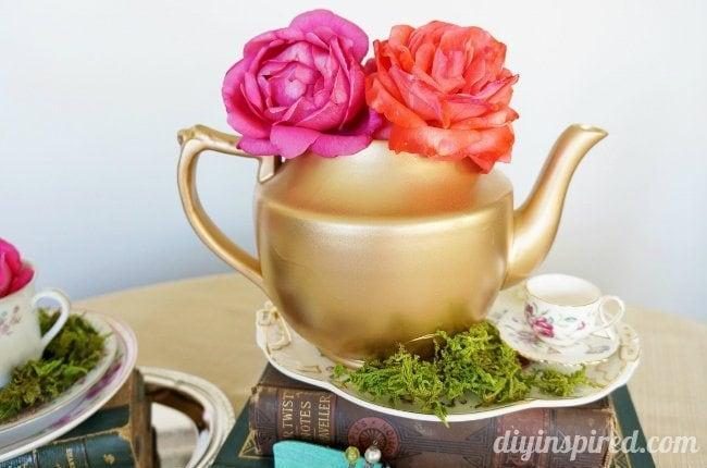 Vintage Mad Hatter Tea Party Tea Pots (2)