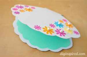 Paper crafted clam shell birthday card.