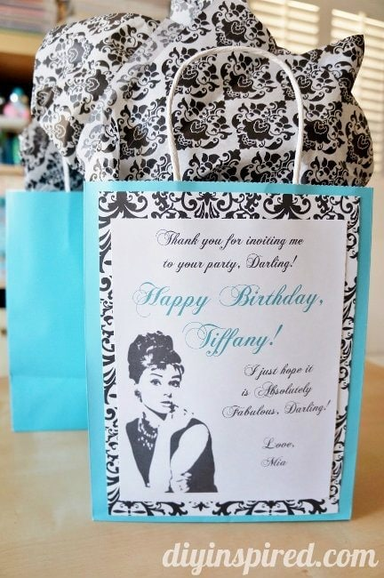 Breakfast at Tiffanys gift wrapping