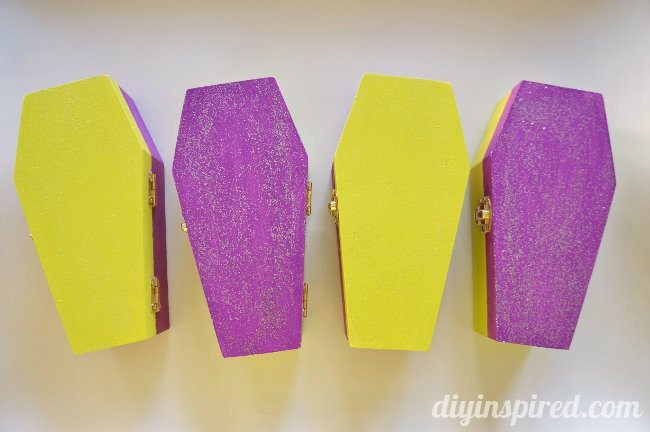 Glittered Coffin Halloween Party Favors (1)