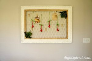 Christmas Card Display with Chicken Wire (1)