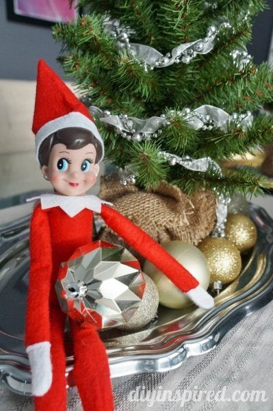 Ten easy elf on the shelf ideas diy inspired for Elf shelf craft show