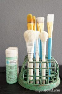 http://www.diyinspired.com/wp-content/uploads/2015/02/Repurposing-Ideas-Flower-Frogs-as-Paint-Brush-Holder-199x300.jpg