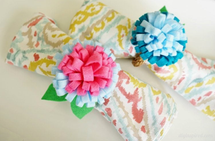 DIY Felt Flower Napkin Rings