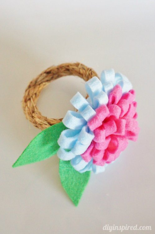 Felt Flower Napkin Ring for Spring