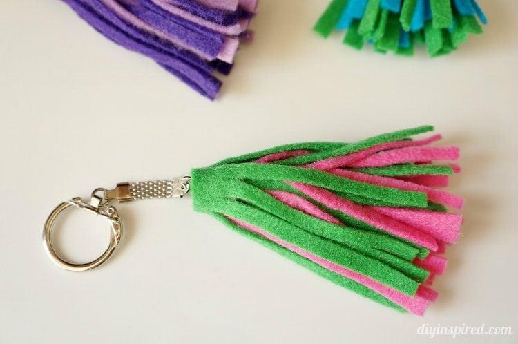 how to make cute felt keychains