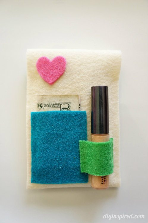5 Minute No Sew DIY iPhone Case Craft Idea