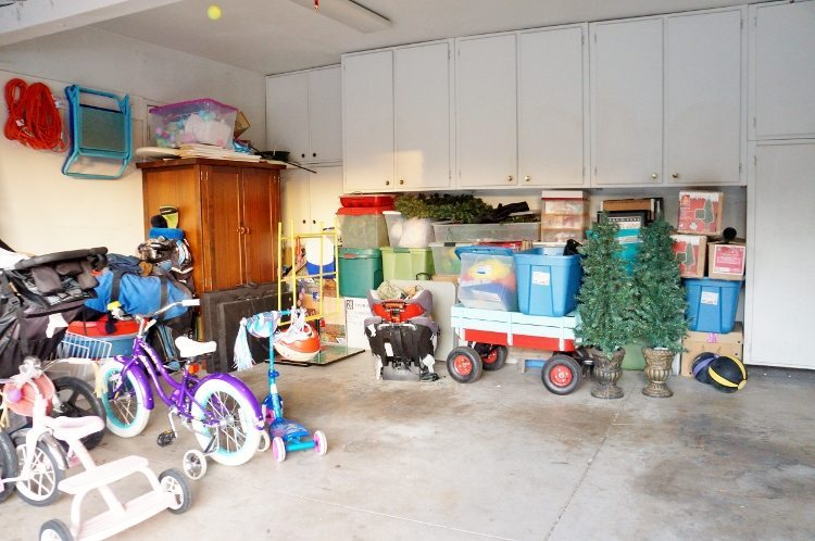 Easy Ways to Declutter and Improve Your Garage (2)