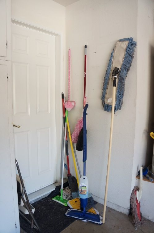 Easy Ways to Declutter and Improve Your Garage (5)
