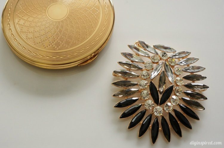 Upcycled Vintage Compact with Brooch