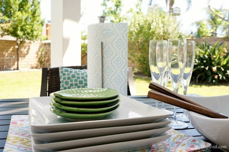 Cleaning with Bounty Outdoors (1)